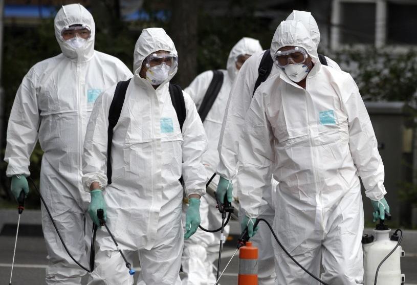 コロナウイルス 防護服